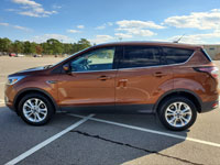 brgg-resale-lot-catalog-2017-Ford-Escape-SE.jpg