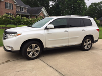 brgg-resale-lot-2011-Toyota-Highlander.jpg